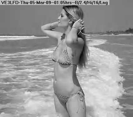 090305010456-Bala-Mischa-bikini-photo.jpg
